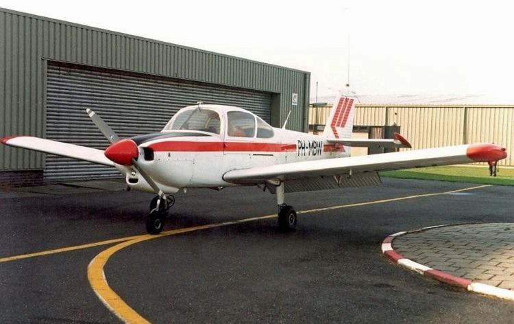 Martinair Vliegschool Fuji FA-200 PH-MBW