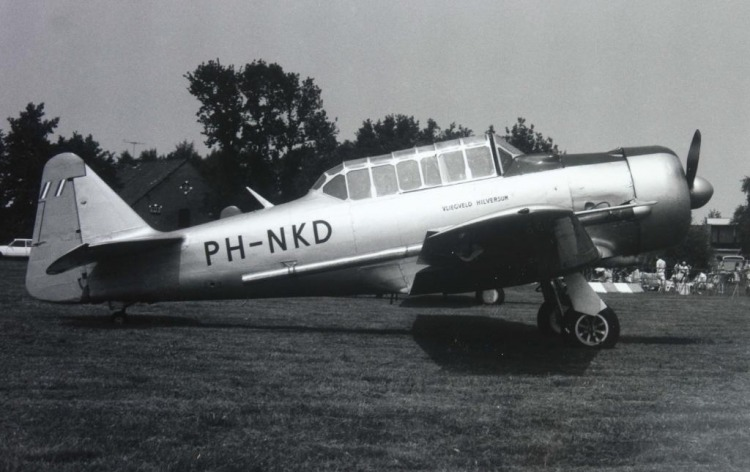 AT-6 Harvard PH-NKD, nu de N13FY